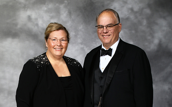 Portrait of Jeffrey Wonderling and his wife